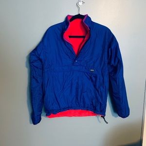 PATAGONIA Reversible pullover size small.